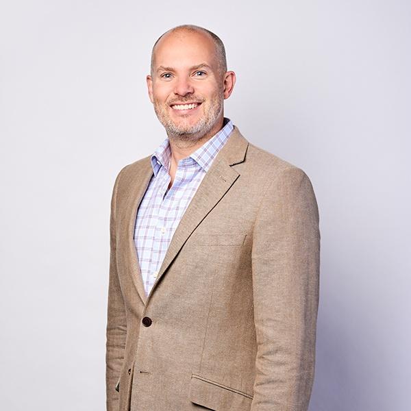 Jeff Dawson - Direktor